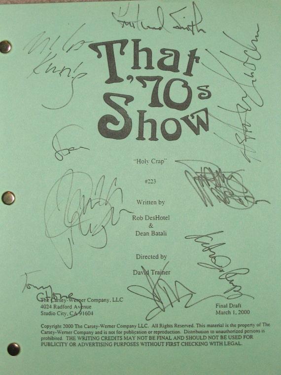 That 70s Show Cast Signed TV Screenplay Script Ashton Kutcher Danny Masterson Chong Topher Grace Mila Kunis Wilmer Valderrama Laura Prepon