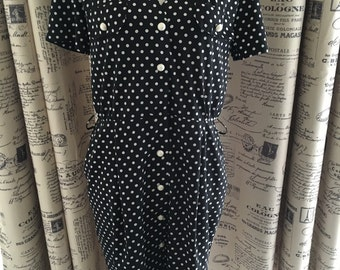 Black and White Vintage Polkadot