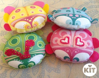 MIYO Four Ladybugs Sewing Craft Kit - Make Four Ladybugs!