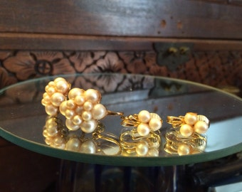 Vintage Pearl Clip Earrings