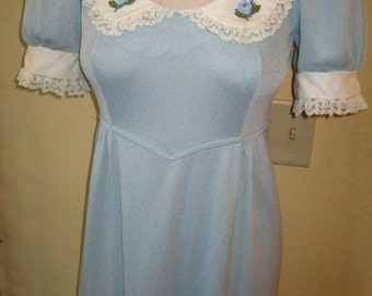 Early 1970's Maxi Dress. Size Small.