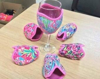 Lilly wine glass beverage insulator