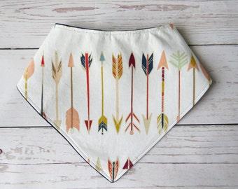 Arrows Bandanna Bib // Baby Teething Bib // Handkerchief Bib // Baby Boy Gift // Baby Shower Present // Arrows Nursery // Western Bib