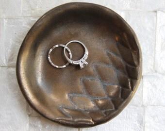 Small ring dish | Stoneware trinket dish