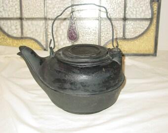 Primitive Cast Iron Tea Kettle Swivel Lid 1920's