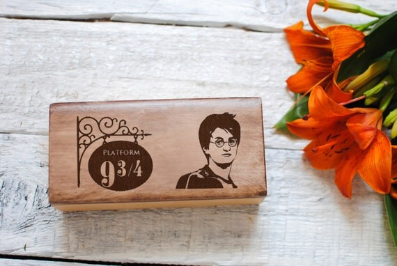 Harry potter art home decor 9 3 4 sale wood interior engraved for Harry potter home decorations