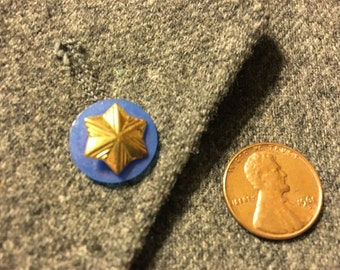 Star pin with Blue back