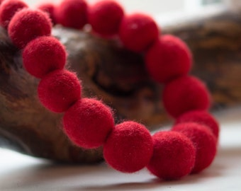 Felted Wool Necklace, fashion necklace, red necklace, jewelry, Ecofriendly Necklace, Wool Necklace Elegant, Felt Exclusive Necklace