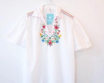 vintage hippie romanian hungarian folk blouse M