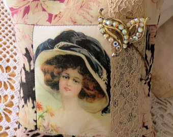 Brooch Cushion........perfect to display your brooch collection