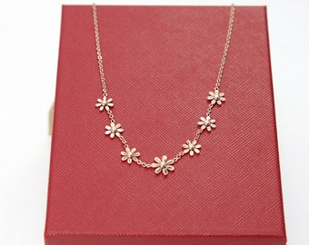 Rose Gold Necklace, Multi Daisy Flower Necklace, Simple delicate Necklace, Perfect gift for her