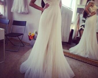 Zahavit wedding dress, organza wedding dress, boho wedding dress, ruffle wedding dress, empire wedding dress, israel wedding dress