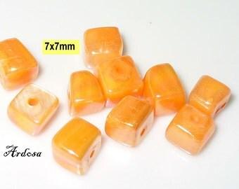 10 Pearl dice 7x7mm orange (K911. 3)