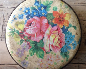 Vintage biscuit tin, antique tin