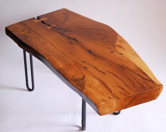 Oak live edge coffee table (El Campo)