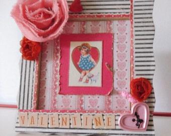 Valentine - Decor - Love decor - Handmade - Mixed media - Vintage style