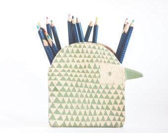 Bird Pen Holder/ Ceramic Desk Organiser/ Makeup Brush Holder/ Ceramic Bird/ Animal Pencil Holder