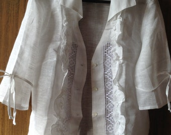 Linen Blouse Decorated With Broderie Anglaise