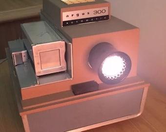 Vintage Argus 300 Automatic Slide Projector and 10 Slide Cartridges