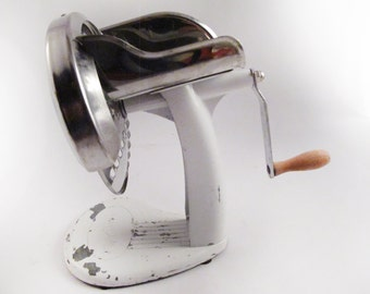 Shred O Mat Grater Vintage Cheese Grader Crank Cheese Grater