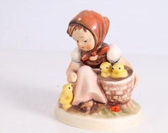 Vintage Hummel Goebels Figurine Chick Girl.