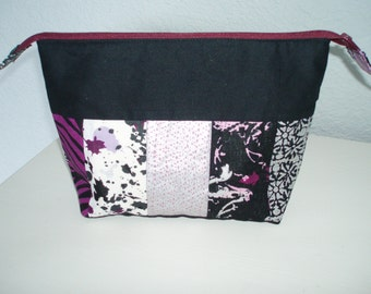 Makeup bag, Cosmetic bag, Toiletry bag