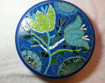 Mosaic Lazy Susan with tulip flowers