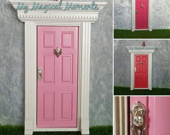 Fairy Door With Crystal Look Door Knob