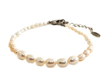 Growing in Love - Pearl Bracelet