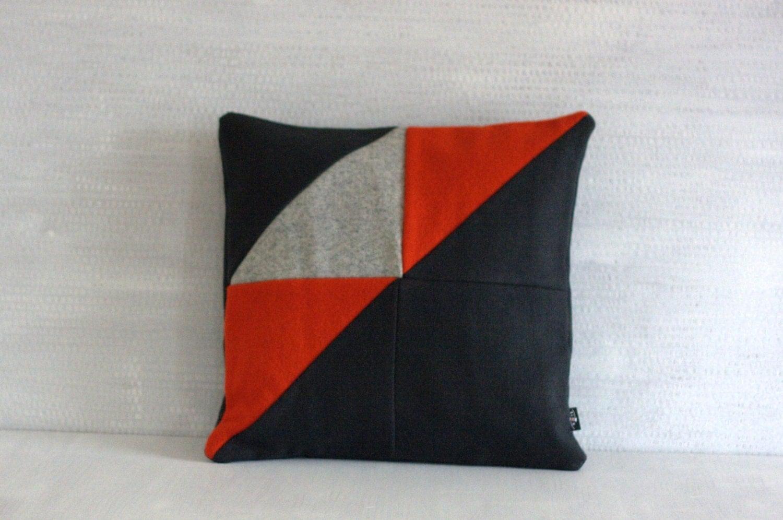 Modern Quilted Pillows Pattern : Modern Quilted Home Decor. Sofa Pillow. Woolen Pillow Case.
