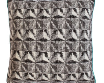 Large Crisscross Cushion