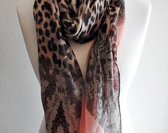 Premuim Quality Leopard Print Scarf With Lace - Peach