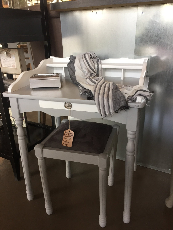 Sold cute desk vanity with stool annie sloan paris grey for Cute vanity desk