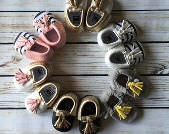 Baby Moccasins, Crib Shoes, metallic moccasins