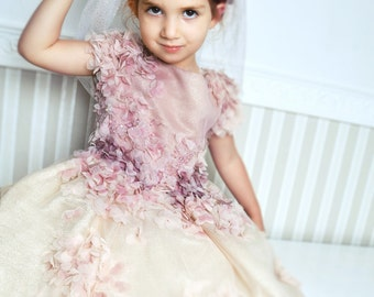 Gold flower girl dress, Couture dress, Prinzess dress, Gold-apricot dress, Birthday dress