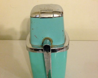 Vintage Ice machine/crusher/Maid of Honor/kitchen decor/antique teal