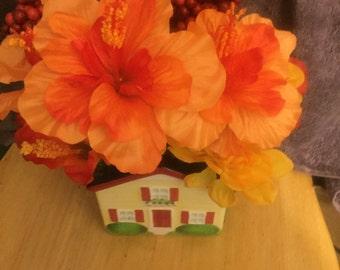 House flower arrangement. #296