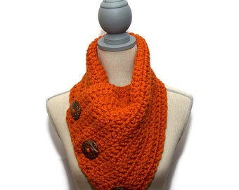 CHUNKY SUPER SCARF - Handmade Wool Blend Big Button Scarf