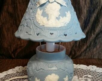 Ceramic light blue electric table lamp