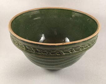 1920's McCoy Yelloware Sunrise/sunburst Dark Green Mixing Bowl