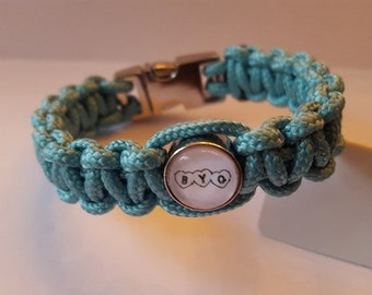 ByQuinty personalized paracord bracelet with photo slide