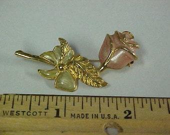 Pinkish color rose pin/brooch