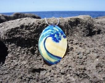 Oval Hawaiian Wave Necklace