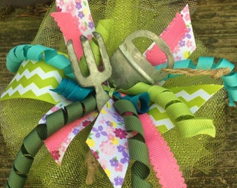 Garden Bow ~ The Olive