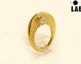Brass Ring Texture Polyphemus Zircon
