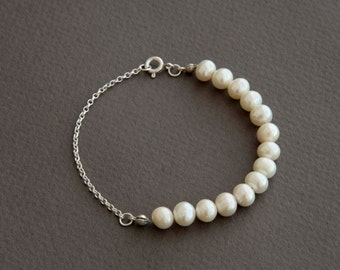 Sterling Silver and Ivory Pearl Bracelet