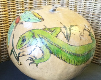 Lizard and butterfly gourd