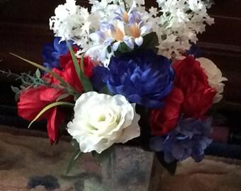 Patriotic Flower Arrangement, Patriotic Silk Flowers, Red White and Blue Silk Flowers, Red White and Blue Flower Arrangement