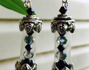 USA FREE SHIPPING!! Antique silver-finished brass and pewter cylinder earrings with beads and charms