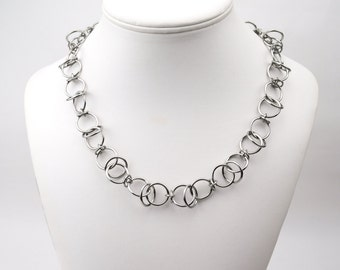 Airy Orbital Necklace - Stainless Steel
